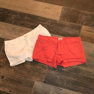 Lot of two shorts